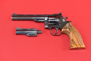 "#3567 REWOLWER DAN WESSON 15-2, 6"", 4"", Kal. 357 Mag."