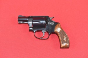 #3964 REWOLWER SMITH & WESSON PRE-Mod-37, 1955, kal. 38 Spl.